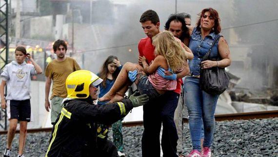 Abel Rivas salvando a una niña