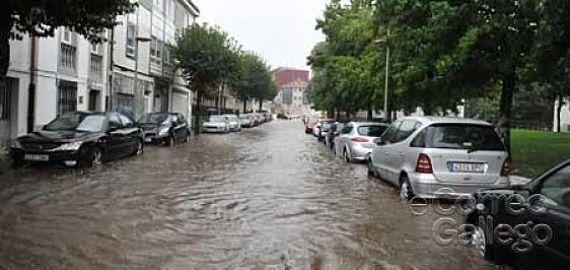 Calle Pelamios totalmente inundada